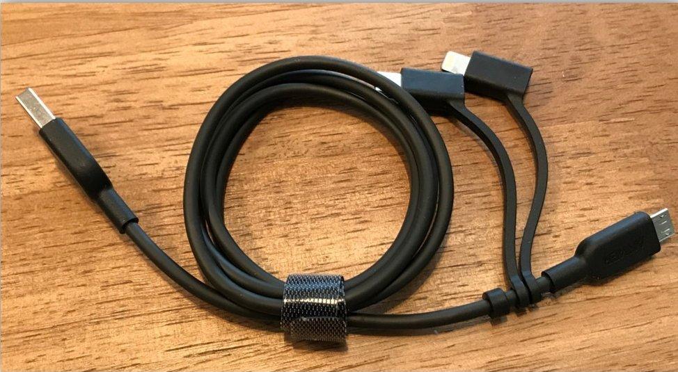【Anker PowerLine II 3-in-1 ケーブル レビュー】1本3役の万能な充電ケーブル!複数デバイスもこれだけでOK!