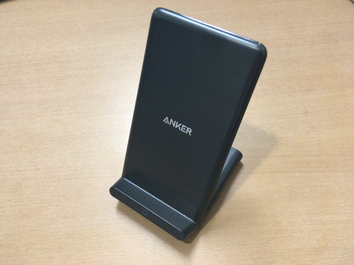 【Anker PowerWave 10 Stand レビュー】最大10W対応のワイヤレス充電スタンド