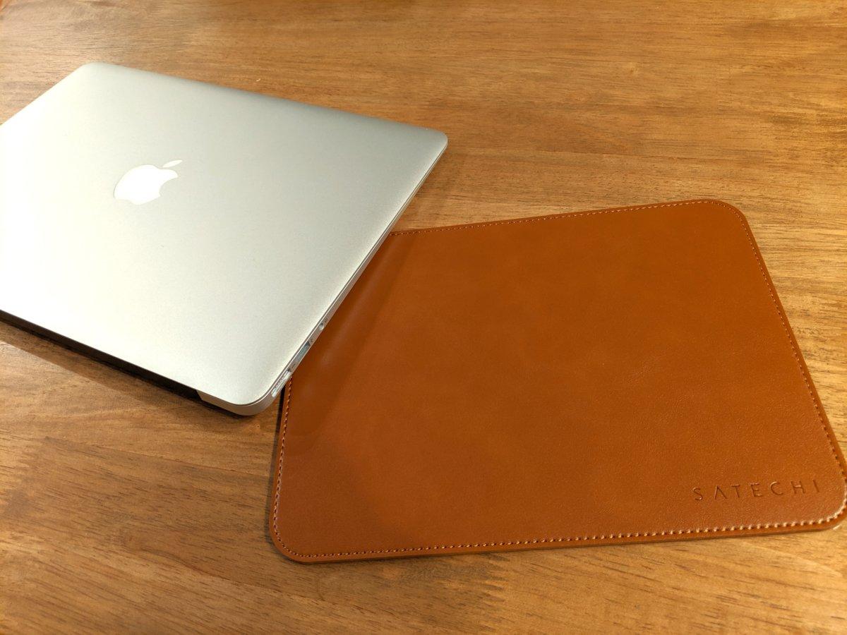 【Satechi Ecoレザー マウスパッド レビュー】快適な操作性と高級感を。オシャレなデザインはパソコン操作を楽しくする!