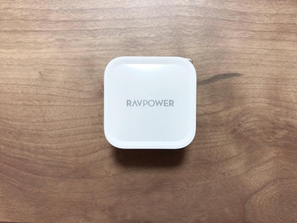 衝撃のサイズ!【レビュー RAVEPower RP-PC120】世界最小クラス 30W出力USB-C急速充電器